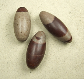 3er Set Shiva Lingam aus Indien ca. 65 bis 85 mm