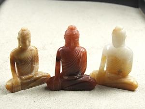 Buddha Gravur aus buntem Jaspis ca. 55 x 45 mm