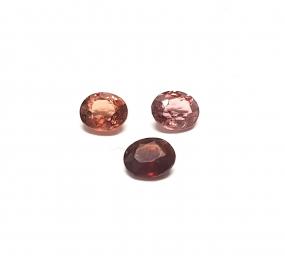 3 x Spinell aus Burma / Myanmar facettiert ca. 7 x 6 mm / ca. 3,35 ct. Gesamtgewicht