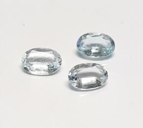 2 x Aquamarin - oval facettiert - ca. 5x3 mm / ca. 0,3 ct. Gesamtgewicht
