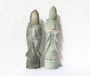 Guan Shi Yin Gravur aus Burma - Jade / Jadeit A/B Qual.