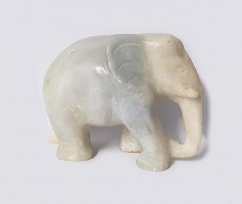 Elefant aus Jade ca. 110 x 150 mm ca. 1700 Gramm - Einzelstück