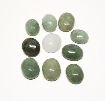 10 x Jade ( Jadeit )-Cabochon aus Myanmar / Burma ca. 12/13 x 15/16 mm