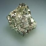 Pyrit Stufe aus Peru ca. 12 x 13 cm - ca. 2060 gr.