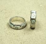 Operculum - Fingerring in 925 Silber ca. 8 mm breit