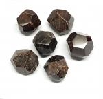 2er Set Granat facettiert aus Indien ca. 30-40 gr / st.