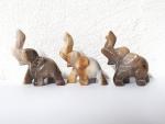 3er Set Glücks - Elefant aus versteinertem Holz mit hochstehendem Rüssel ca. 39 x 42 mm