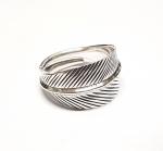 Fingerring aus 925 Silber gedrehtes Blatt