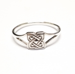 Fingerring aus 925 Silber keltischer Knoten ca. 7 x 7 mm