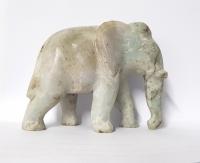 Elefant aus Jade ( Jadeit ) ca.100 x 77 mm / ca. 438 Gramm