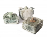 Räucherkegelhalter aus Jade / Jadeit ca. 60 - 90 mm / ca. 250 - 450 Gramm