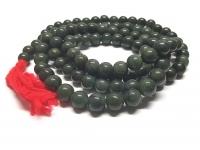 Mala aus grüner Jade ( Jadeit ) 108 Perlen ca. 9-12 mm ca. 100 cm