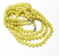 Olivjade Halsketteeinzeln geknotet ca. 8 mm / ca. 50 cm