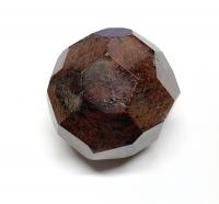 Granat facettiert aus Indien ca. 676 gr / ca. 60-70 mm