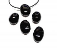 5er Set schwarzer TurmalinSchörl -gebohrter Trommelstein - 2,5 mm Bohrung / stabilisiert