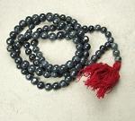 Mala aus grau schwarzer Jade 108 Perlen ca. 10-14 mm ca. 136 cm
