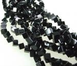 Onyx Würfelstrang diagonal 8 mm / 40 cm